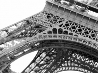 Eiffel_closeup