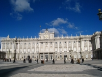 Exterior_of_the_Royal_Palace_of_Madrid,_general_view_from_courtyard