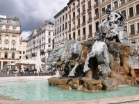 Fontaine_de_Bartholdi_Lyon_250709_06