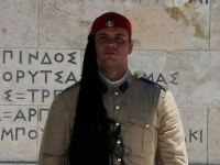 Guard_at_Syntagma_Square_in_Athens