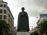 Ibn_Khaldoun_statue_Tunis