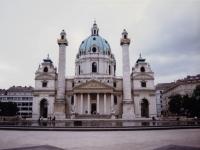 Karlskirche_Vienna_1996