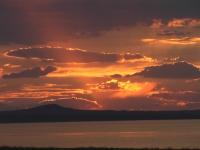 Khar-Nuur_lake,_Khovd_province,_Western_Mongolia_sunset1