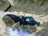 Khar-Nuur_lake,_Zavkhan_aimag,_Mongolia