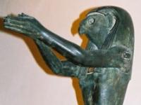 Louvre_Egyptologie_-_Horus