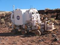 Lunar_Electric_Rover_2008_desert_testing_2