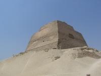 Meidoum_pyramide_002