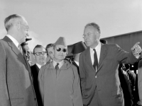 Mohammed_V_Morocco_1957.lowres