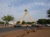 Monument_de_la_paix_-_Bamako