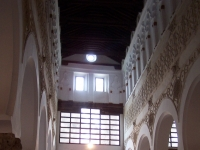 Nave_&_columns,_Toledo_synagogue,_Spain,_ZM