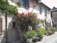Ostia_antica_-_case_nel_borgo_2525