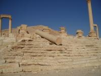 Palmyra_TempleOfStandards