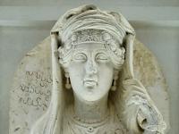 Palmyrean_relief_Louvre_AO1575
