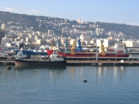 Port_of_Haifa,_viewed_from_the_sea
