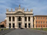 Roma_San_Giovanni_in_Laterano_BW_2