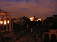 Rome-Forum_Romanum_at_night