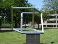 Rotterdam_kunstwerk_De_onmogelijke_kuboade