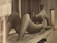 Henry Moore: Reclining Figure, 1951