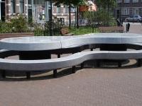 Rotterdam_kunstwerk_tafelbank