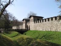 Kastell Saalburg - Wehrmauer mit Doppelgraben und Porta Praetoria