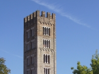 San_Frediano,_Lucca,_Italy_-_tower