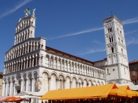 San_Michele,_Lucca,_Italy_-_oblique_view