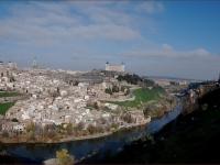 TOLEDO_EL_RIO_TAJO_A_SU_PASO_POR_LA_CIUDAD_2-1-2007