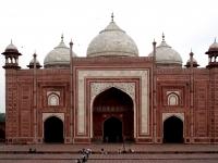 Taj_Mahal_mosque-1