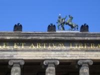 Skulpturen von Christian Friedrich Tieck auf dem Alten Museum