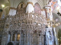 Transparente_of_Toledo_Cathedral_-_side_view_2