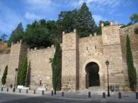 Wall_near_Puente_de_Alcantara,_Toledo