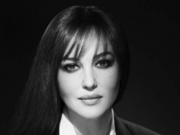 Monica Bellucci (Studio Harcourt 2008)
