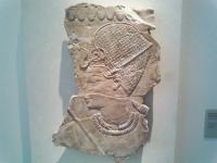 Ein Amenophis III zeigendes Relief. 18. Dynastie
