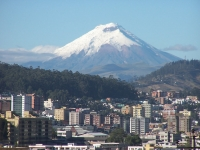 Cotopaxi (Vulkan): Sicht aus der Stadt Quito