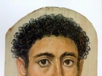Portrait um 125-150, Enkaustik auf Holz, 37 x 20 cm.
