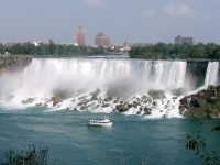 Niagarafälle: American Falls (Maid of the Mist)