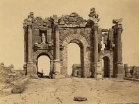 Timgad: Trajanbogen (Algerien)