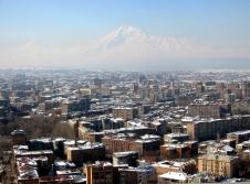 Eriwan mit Berg Ararat im Hintergrund