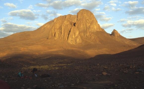 Berg Tahat am Morgen