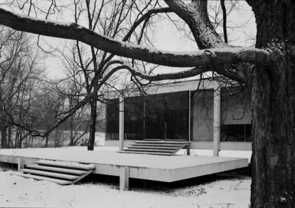 Farnsworth House in Plano, Illinois (1)