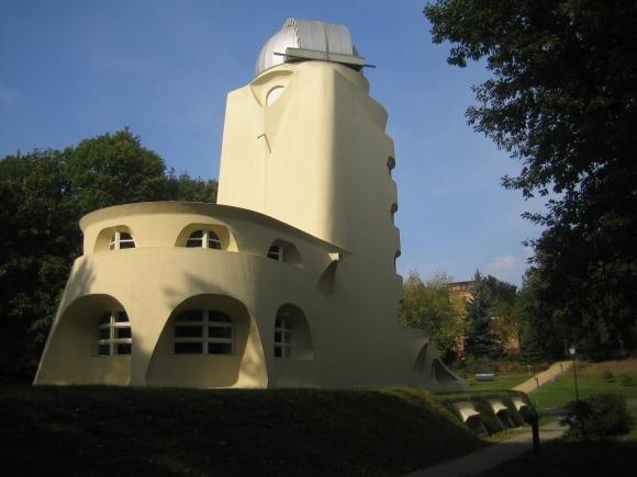 Einsteinturm: Rückseite