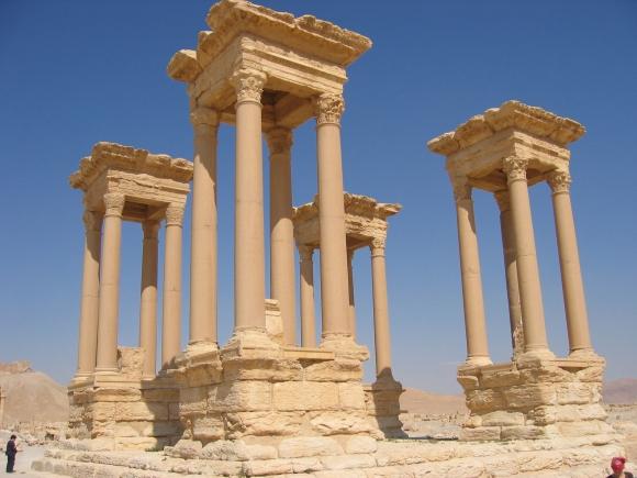 Tetrapylon in der Großen Kolonnade von Palmyra, Syrien