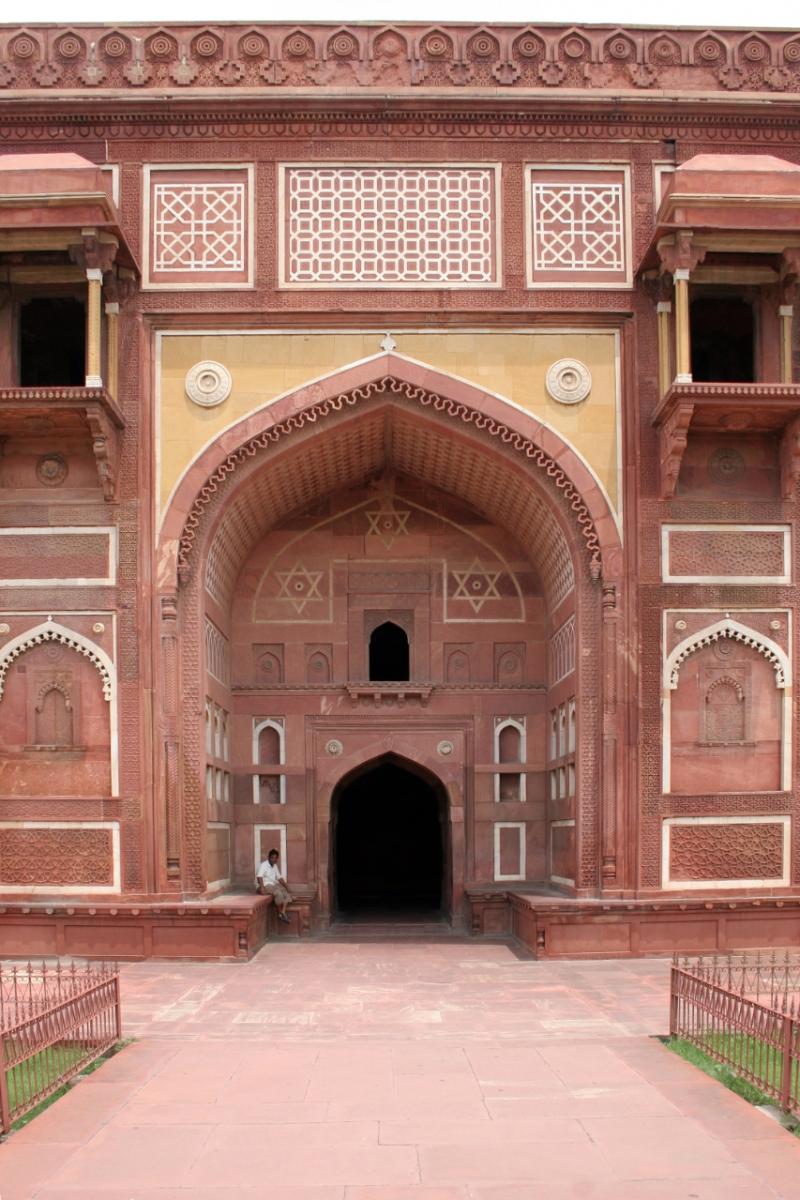 Jahangiri_Mahal_(Agra_Fort)-2