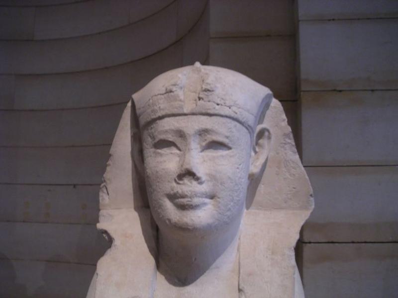 Louvre_042005_01