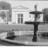 Bundesarchiv_Bild_170-539,_Potsdam,_Sanssouci,_Schloß_Charlottenhof