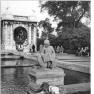 Bundesarchiv Bild 183-39360-0001, Berlin-Friedrichshain, Märchenbrunnen