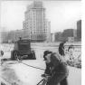 Bundesarchiv_Bild_183-63390-0001,_Berlin,_Bau_Karl-Marx-Allee,_Strausberger_Platz-Alexanderplatz