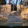 Monument_to_Santiago_Ramon_y_Cajal,_Parque_del_Buen_Retiro,_Madrid