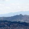 Antananarivo mit dem Ankaratra-Massiv im Hintergrund