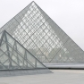 Louvre-Pyramiden